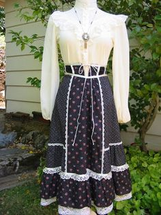 gold country girls: What's Penny Wearing? #33 Gunne Sax Skirt