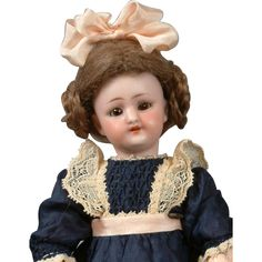 """*The Best* 9.75"""" Simon & Halbig 1078 Doll on DESIRABLE Fully-Jointed from kathylibratysantiques on Ruby Lane"""