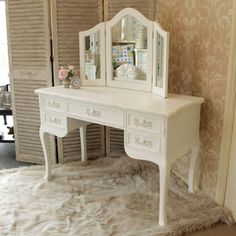 A beautiful white vintage dressing table set from our Pays Blanc range. A French style dressing table and triple mirror. Antique white painted crackle effect dressing table. Shabby chic bedroom furniture at its finest. White Vintage Dressing Table, White Dressing Tables, Shabby Chic Bedroom Furniture, Rustic Furniture, Furniture Design, Vintage Furniture, Traditional Dressing Tables, Dressing Table Desk, Dressing Room