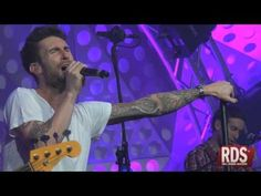 Maroon 5-Stutter <3 never seen it performed live but it sounds SO GOOD