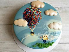 Mirror glaze and macaroon clouds with edible images. Mirror Glaze Kuchen, Mirror Glaze Cake, Beautiful Birthday Cakes, Beautiful Cakes, Amazing Cakes, Cake Decorating Techniques, Cake Decorating Tutorials, Pretty Cakes, Cute Cakes