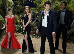 15457634_bella-thorne-and-carter-jenkins-on-their_t776c6e5c.jpg 600×444 pixels