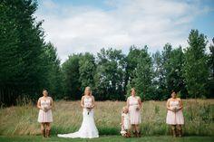 Barn and garden wedding close to Salem Oregon. Green Villa Barn & Gardens