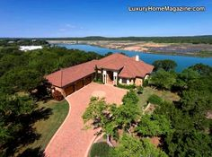 Lake Travis Waterfront Retreat | Luxury homes and design