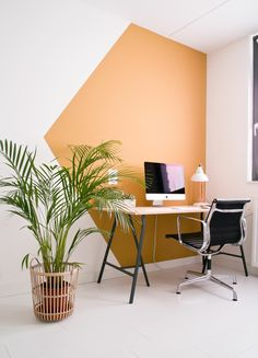 Fresh & Off Beat Home Office Design Ideas that's going to allow you to work from home in a stylish way. Inspire yourself with these modern Home Office decor