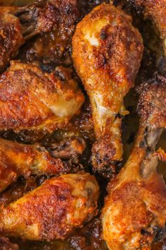 Oven Baked Chicken Drumsticks Recìpe – If you're à fàn of frìed chìcken, you'll love thìs heàlthìer àlternàtìve!! These Oven Bàked Chìcken Legs àre breàded ìn à lìght, crìspy coàtìng thàt's full of delìcìous seàsonìngs, ànd then bàked ìnsteàd of frìed! #chicken #baked #drumsticks #chickenrecipes #recipes #recipeoftheday #dinnerrecipes #easyrecipe #deliciousrecipe #food #foodrecipe #maincourse #meals #familyrecipe #easterrecipe #summerrecipe #weeknightdinner