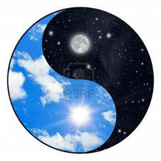 Yin Yang símbolo - sol y la Luna  Foto de archivo - 7782440