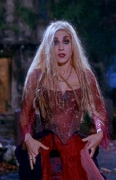 Sarah Sanderson from Hocus Pocus* Costume I made for Halloween ...