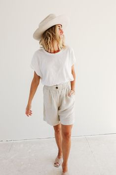 Linen Shorts Outfit for Summer
