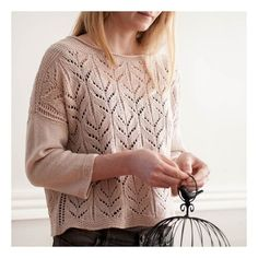 Our silky, drape-y Tern sings in this open, lacy pullover. Garter stitch in the shoulders, hem, and cuffs frame the pretty leaf motif and eyelet ladders. Sweater Knitting Patterns, Knitting Stitches, Knitting Yarn, Hand Knitting, Simple Knitting, Knitting Machine, Stretchy Bind Off, Knit World, Bristol