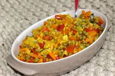 Paella végétarienne aux légumes Healthy Tips, Healthy Recipes, Party Snacks, Guacamole, Risotto, Bacon, Curry, Good Food, Food And Drink
