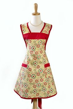 vintage ladies aprons   Women's Vintage Inspired Apron / Old Fashioned Charm in Modern Fabric ...