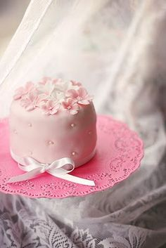 I just love this precious little pink beauty cake . . . so sweet for a bridesmaid brunch or tea