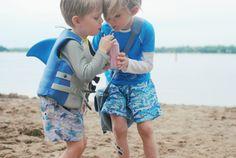Οι μικροί μας καρχαρίες και οι κανόνες της παραλίας!