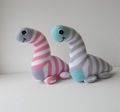 Pair of sock dinosaurs | Dawn Treacher | Flickr