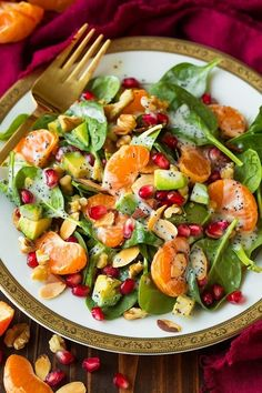 Those fall colors though! I love salads like this that are beautifully colorful and taste amazing! This Mandarin Pomegranate and Spinach Salad with Poppy S