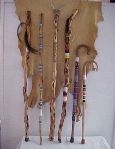 Canes and walking sticks Hand Carved Walking Sticks, Wooden Walking Sticks, Walking Sticks And Canes, Wood Sticks, Painted Sticks, Walking Canes, Cane Stick, Stick Art, Wooden Staff