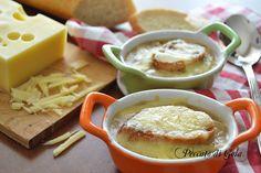 Zuppa di cipolle o soup à l'oignon