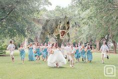 madeofair:  chrisdaps:  BEST. WEDDING. PHOTO. IDEA. EVER.  oh. my. god.