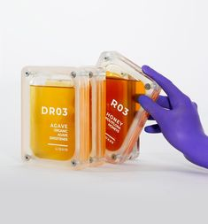 futuristic honey packaging by culdesac draws from kubrick's a space odyssey' – Honig , Salatdressing und mehr