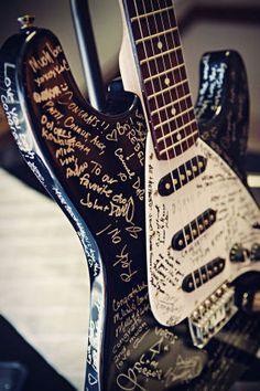 Wedding by Cuppa Photography guest book guitar.we did this for our wedding, as my husband's a musician!we did this for our wedding, as my husband's a musician! Guitar Wedding, Wedding Music, Wedding Guest Book, Dream Wedding, Heavy Metal Wedding, Rocker Wedding, Diy Wedding Projects, Diy Projects, Guest Book Alternatives