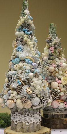 Christmas Minis, Christmas Fashion, Blue Christmas, Christmas Angels, Christmas Time, Christmas Wreaths, Christmas Crafts, Christmas Ornaments, Christmas Decorations To Make