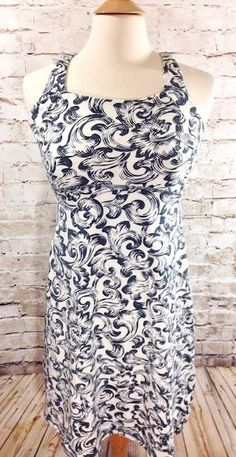Title Nine Dream Print Dress Sz Medium Strappy Athletic Stretch Shelf Bra Pocket #TitleNine #StretchBodycon #Casual
