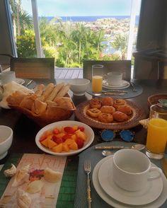 Bom dia paraíso  Café da manhã com essa vista... #priceless  Não canso de agradecer!  #THEview #summerdays #stbarth #fhitsstbarth @conexaodestinos @fhits