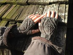 Sitting In Trees | Fiddle Knits Designs