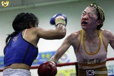 funny people - Evidence of Why Women's Boxing is Horrible #women #boxing #horrible #champion #funny #pictures #humour #fun#smile - Funomenia