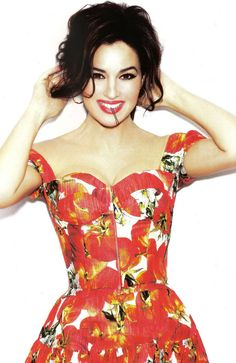 Monica Bellucci ; love the dress