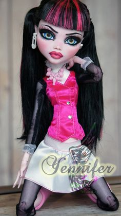 ~Yennifer~ 17 inch Monster High repaint by RogueLively.deviantart.com on @DeviantArt