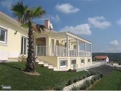 Villa Loefestein in Foz do Arelho, Costa de Prata, Portugal.  http://www.micazu.nl/vakantiehuis/portugal/costa-de-prata/foz-do-arelho/villa-loefestein-10338/