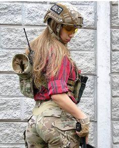 Hot Girls In Military Uniform - Page 15 of 20 - Djuff Mädchen In Uniform, Female Soldier, Army Soldier, Military Girl, N Girls, Army Girls, Military Women, Mädchen In Bikinis, Girls Uniforms