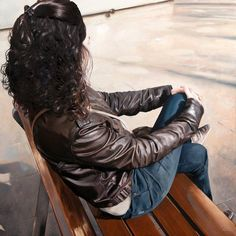 Marc Figueras, Barcelona, hyperreal woman sitting on bench painting