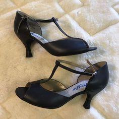 Capezio Sexy Black Leather Open Toe Mary Jane High Heels Women's Sz 7 1/2 #Capezio #PumpsClassics