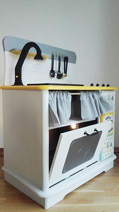 Kitchen Toy2 Made by un món fet a mà