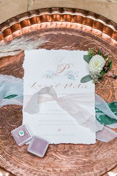 Botanical Boho Luxe Inspiration with Floral Design by Floribunda Rose Diy Wedding Stationery, Save The Date Karten, Papers Co, Wedding Themes, Boho Wedding, Perfect Wedding, Wedding Planner, Floral Design, Place Card Holders