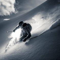 Winter in the Adirondacks – Enjoy the Great Outdoors! Ski Extreme, Extreme Sports, Alpine Skiing, Snow Skiing, Sport Logos, Sport Videos, Summer Vacation Spots, Fun Winter Activities, Ski Season
