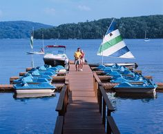 Boating at the Marina - Speed boat rides and paddle boats