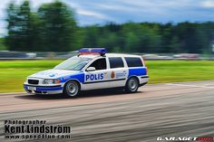 Volvo V70 swedish police car