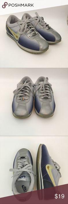 hot sale online d765b 9f1b1 Nike Cortez 72 Sneakers Ombré Retro -FLAWED Nike Cortez  72 Sneakers. Navy  Blue