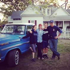 "The Elliott Family from movie set Hoovey"" Patrick Warburton as Jeff Elliott, Lauren Holly playing Ruth, Cody Linley playing Eric Elliott, and Alyson Stoner as Jen Donhardt"