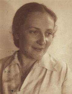 """Paula Lindberg, surnommée """"la Paulinka"""". Chanteuse lyrique. Seconde épouse du Dr Albert Salomon et belle-mère de Charlotte Salomon."""