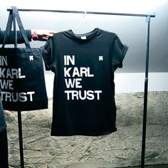 T- shirt in Karl we trust BLACK