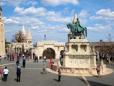 Fisherman's+Bastion+in+Budapest,+Hungary