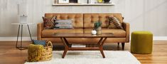 Tips That Help You Get The Best Leather Sofa Deal. Leather sofas and leather couch sets are available in a diversity of colors and styles. A leather couch is the ideal way to improve a space's design and th Leather Furniture, Custom Furniture, Pallet Furniture, Furniture Projects, Online Furniture, New Living Room, Living Spaces, Best Leather Sofa, Leather Chesterfield