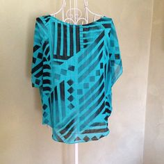 Guess top. Teal and black blouse Guess top. Teal and black blouse Guess Tops Blouses