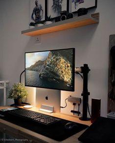 Mesa Home Office, Home Office Setup, Home Office Space, Home Office Desks, Computer Desk Setup, Gaming Setup, Pc Setup, Gaming Computer, Home Studio Setup