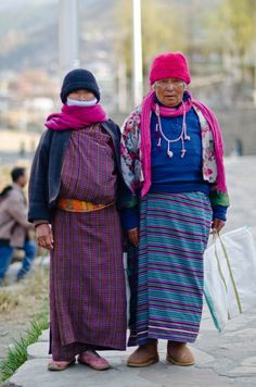 bhutanese women street style bhutan